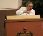 Рауль Кастро закрыл VI съезд Компартии